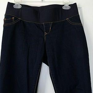 EUC Old Navy skinny maternity jeans, size 4
