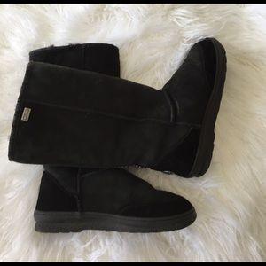 Emu Shoes - Emu Snow boot SZ 9 in black