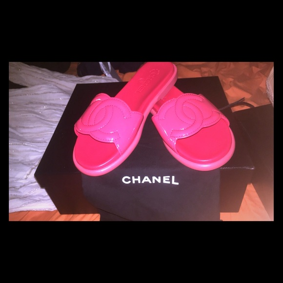chanel slippers pink