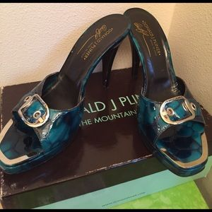 Donald J Pliner patent leather heels