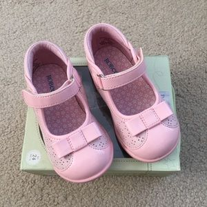 Robeez Other - 🍀NIB🍀 ROBEEZ pink mary jane shoes ~ 7.5T