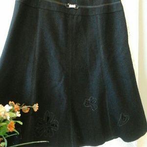 PANIZ Dresses & Skirts - Gorgeous Vintage Skirt👡