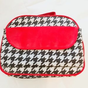 Handbags - 🆕! Insulated Houndstooth/Red Multi Purpose Bag