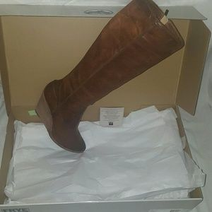 23e27dc5632 Frye Shoes - FRYE CECE Seam Tall Cognac Leather Wedge Boot