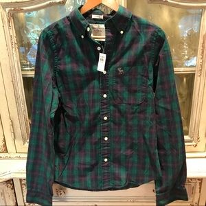 FOR SALE Abercrombie NWT plaid button down size S