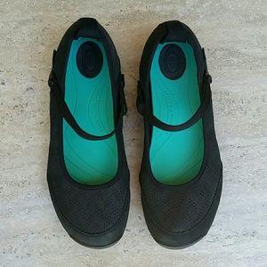 Teva Shoes - TEVA Mary Jane EUC!