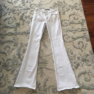 Express Denim - White Express Flare jeans!