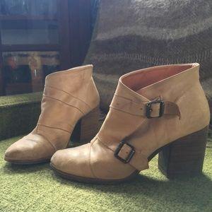 Miista Shoes - Excellently made Miista booties
