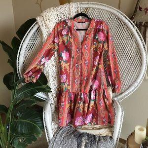 Dresses & Skirts - Red floral dress
