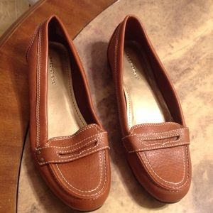 Predictions Shoes - Predictions Penny Loafers