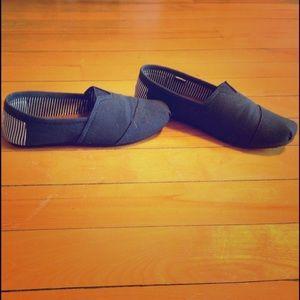 Dawgs Shoes - Dawgs size 7