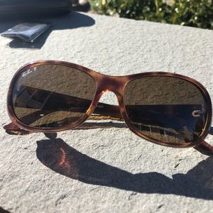Ray-Ban Accessories - Authentic Ray-Ban Polarized Sunglasses