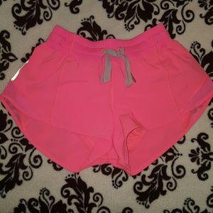 lululemon athletica Pants - Lululemin Hotty Hot shorts (short)