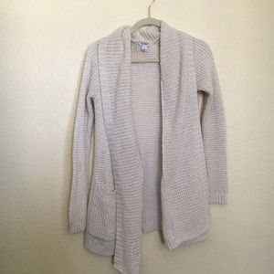 Sweaters - Super cozy off white cardigan
