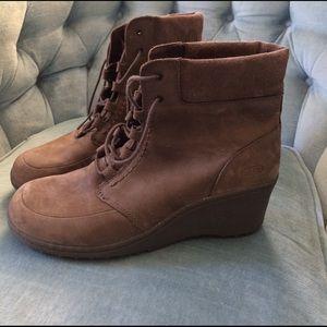 Keen Shoes - Keen Hikers