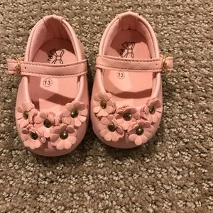 Pampili Other - Adorable baby shoes