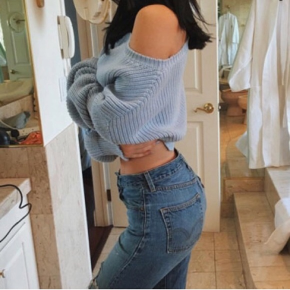 high waist LEVI's distressed -message for sizing! dITNh