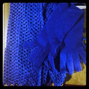 Fraas Accessories - NWT Beautiful, Bright, Cobalt Blue Scarf Set w/ Gl