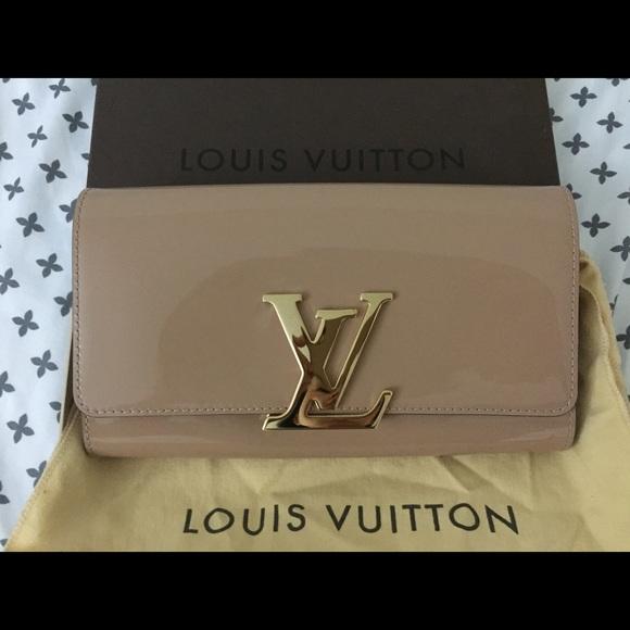 06e153eac7 Louis Vuitton Handbags - New 100% authentic Louis Vuitton Louise Clutch