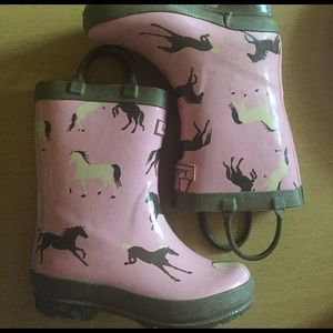 Hatley Other - Hatley rubber boots size 8