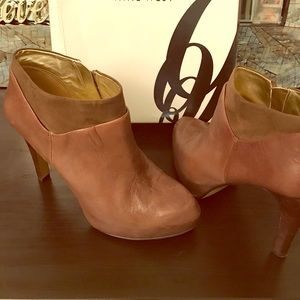 Nine West Taupe Bootie