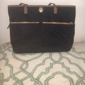 Michael Kors Handbags - Medium black Michael Kors Kempton tote