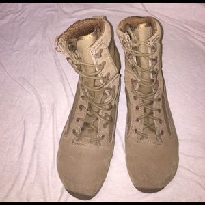 Vibram Other - NEW Combat Boots  Size 7.5