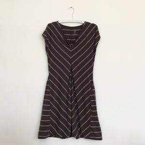 Isis Dresses & Skirts - ISIS a-line striped short sleeve dress. Taupe gray