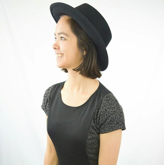 4bd015fe1 F21 Black Stiff Wide Brim Felt Wool Boater Hat
