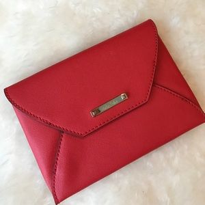 Coral Stella & Dot envelope wallet