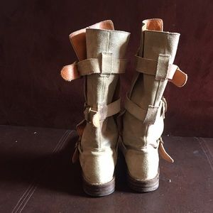 Fiorentini + Baker Shoes - Sude material boots Size 7 fiorentini baker brand