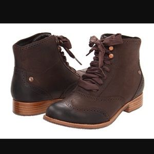 Sebago Shoes - NWOT Sebago Claremont Boot Mahogany