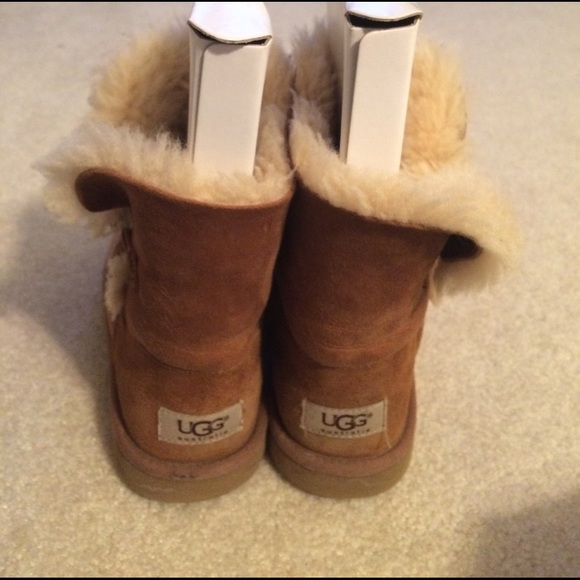 uggs girls size 3