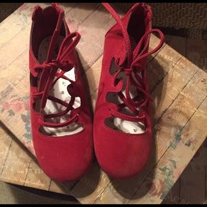 Osh Kosh Other - Little Girl's Osh Kosh Red Lace up Shoes