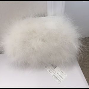 🆕White feather clutch bag