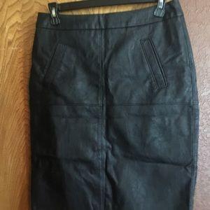 CAbi Dresses & Skirts - NWOT- Fleather Skirt