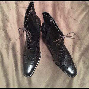 Valerie Stevens Shoes - Valerie Stevens Leather Boots