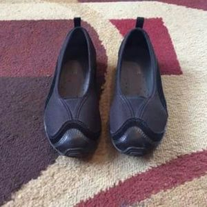 Easy Spirit Shoes - Women's shoes size 6.5 like new