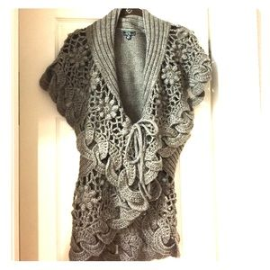 Lisa International Sweaters - Detailed sleeveless cardigan. XL