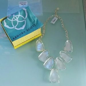 Kendra Scott Harlow Ivory Mother of Pearl necklace