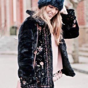 56% Off Zara Jackets U0026 Blazers - Zara Black Jacket With White Faux Fur Linning From Janeu0026#39;s ...