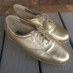 Easy Spirit Shoes - Gold Metallic Easy Spirit Sneakers