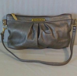 Timi & Leslie Handbags - Timi & Leslie Beige Metalic Handbag