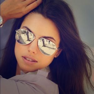 Ray-Ban Accessories - 🆕Rayban 3025 Silver and Silver aviator Sunglasses