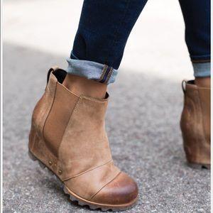 Sorel Shoes - Sorel Lea Wedge Light Brown Booties