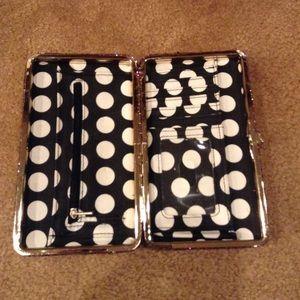 Handbags - Fun sparkly clutch 👛