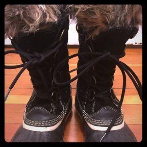 Sorel Shoes - Sorel 'Joan of Arctic' boots