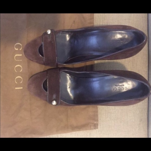 Gucci Shoes - Gucci suede chocolate brown chunky heel pump