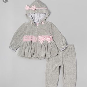 Nanette Baby Other - Pink and gray velour hoodie set