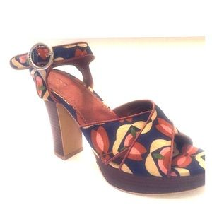 Fossil Shoes - Fossil Floral Sandals